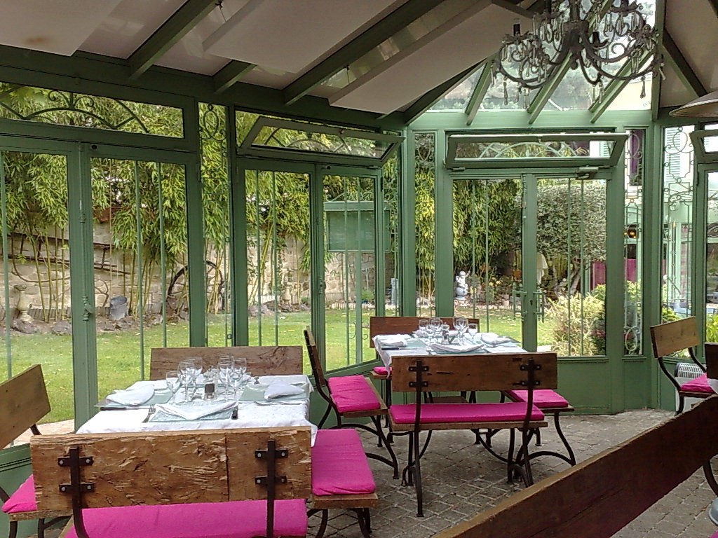 restaurant le jardin clos rueil malmaison avis menus. Black Bedroom Furniture Sets. Home Design Ideas